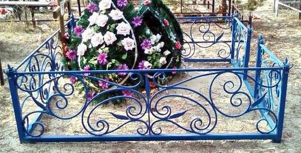 Кладбищенские оградки
