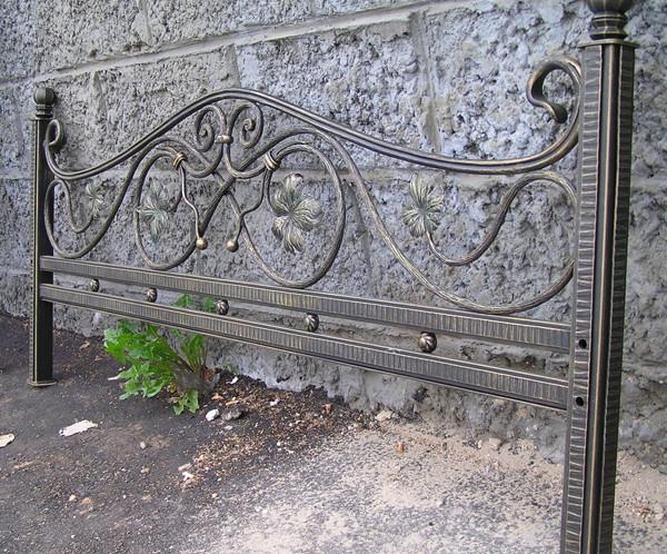 Изготовление металлических оградок