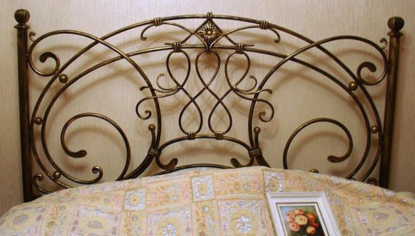 Кованая детская кровать