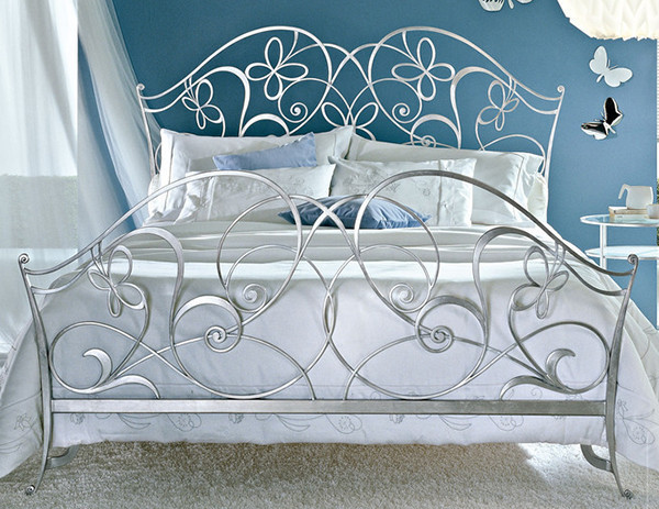 Кованые кровати прованс