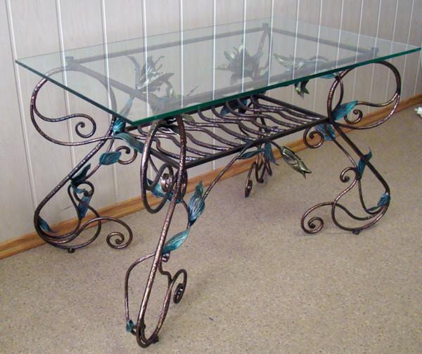 Кованые столы для кухни