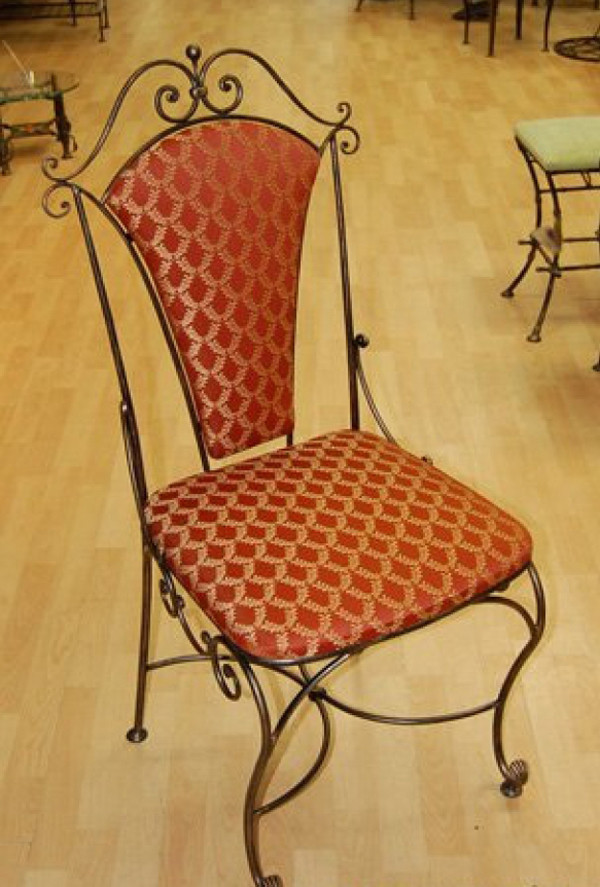 Кованый стульчик