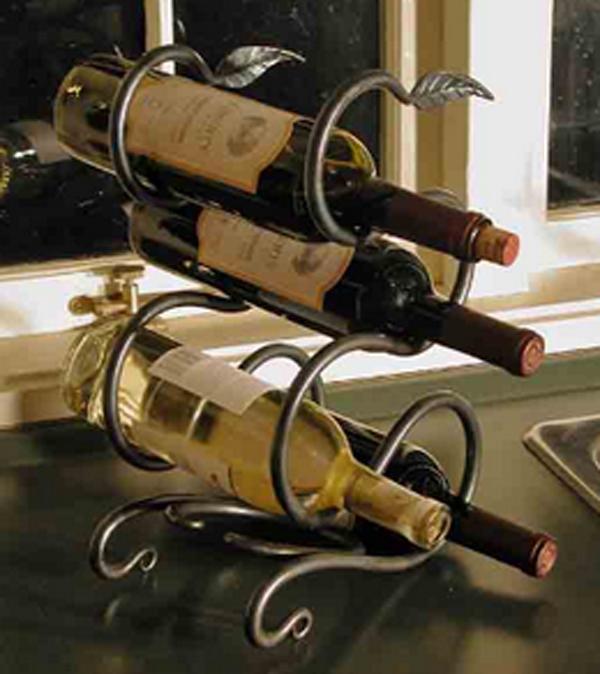 Кованые подставки для вина