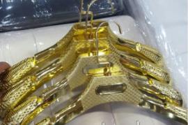 Плечики каучуковые (золото) 385 мм