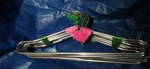 Вешалка трубчатая с подвеской, мателлическая