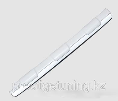 Накладка с хромом на задний бампер TLC Prado 150 2014-17 Белый (070)