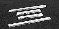 Боковые молдинги с хром полосой TLC150 2010-17, фото 1