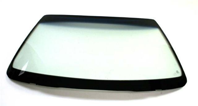 Лобовое стекло Forland (высота 66см, диагональ 132см)