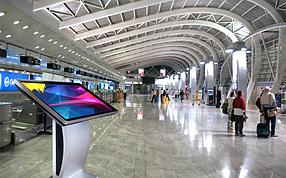 Интерактивные сенсорные панели для вокзалов и аэропортов
