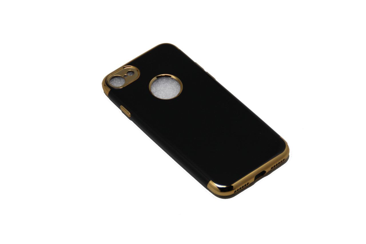 Чехол с оконтовкой iPhone 7