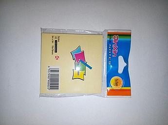 Блок бумаги для записи 76*76,100 листов.