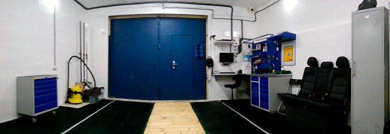 Оборудование гаража удобным рабочим местом и системами хранения 2