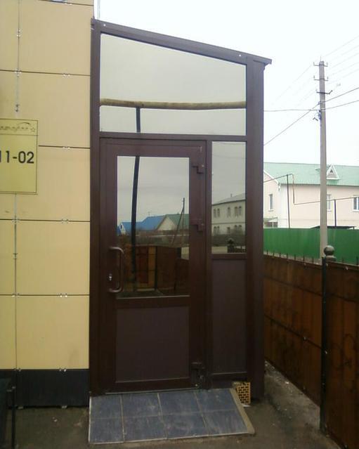 Алюминиевые двери -1