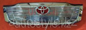 Решетка вставка Toyota Hilux 2012+... (тюнинг вставка в решетку в полосы)