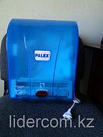 Автоматический диспенсер для бумажных полотенец
