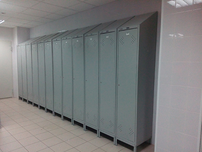 Организация помещения для переодевания рабочих Кондитерской фабрики 1