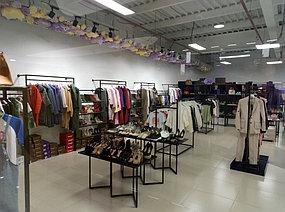 """Торговое оборудование для магазина женской одежды   """"Модный Базар"""" Атакент Алматы  2"""