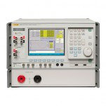 Fluke 6105A/CLK - основной эталон электропитания с опцией Clock