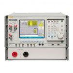 Fluke 6105A/50A/E/CLK - основной эталон электропитания с опциями Energy Counting, 50 A и Clock