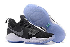 Баскетбольные кроссовки Nike PG1 from Paul George черно-белые