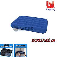 Полуторный надувной матрас Bestway 67002, размер 191x137x22 см