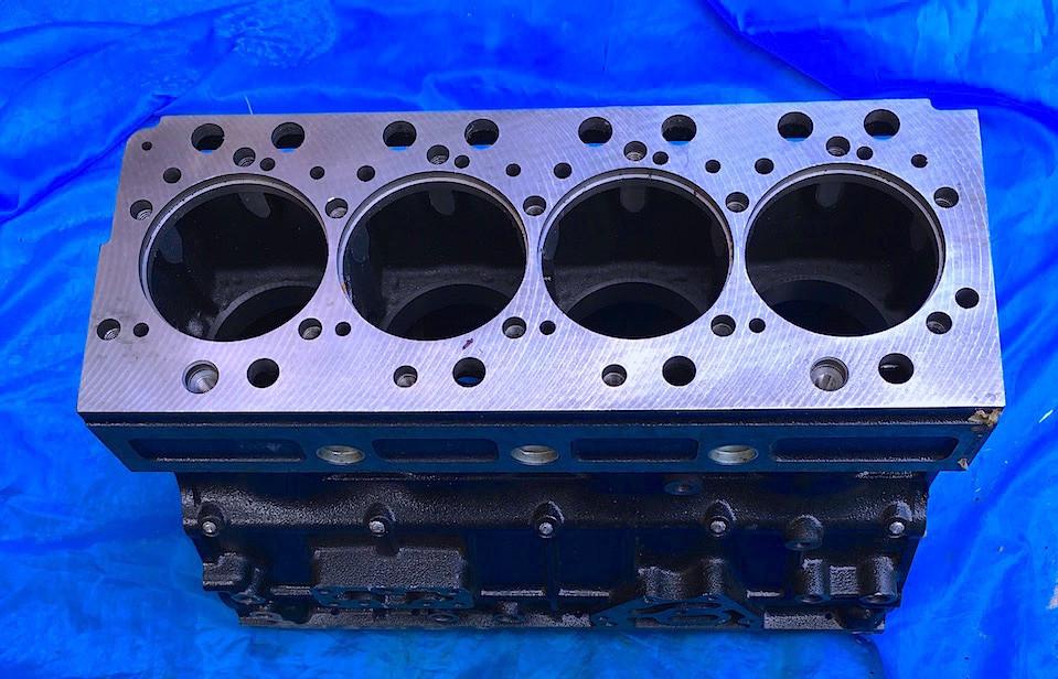 Блок цилиндров YN4100QB