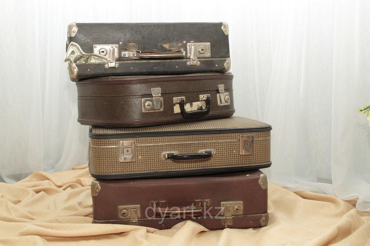 Ретро чемоданы в аренду