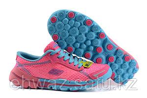 Кроссовки женские розовые Skechers GoRun