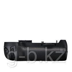 Батарейный блок Nikon MB-D12