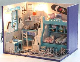 Коллекционный дом Детская комната со сноубордом