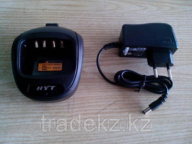 Зарядное устройство HYT CH10A03 настольное ускоренное для р/ст TC-610, фото 2