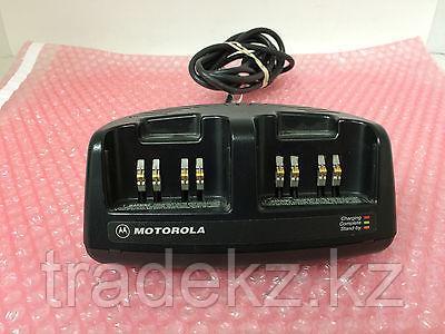 Зарядное устройство Motorola NTN8076 для р/ст VISAR ускоренное, фото 2