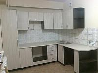 Кухонный гарнитур из ламината