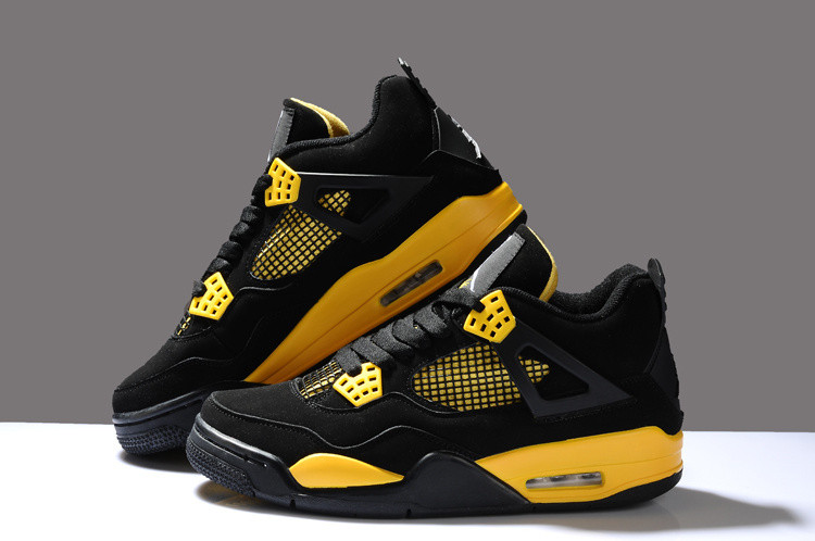 Баскетбольные кроссовки Nike Air Jordan 4 Retro - фото 1
