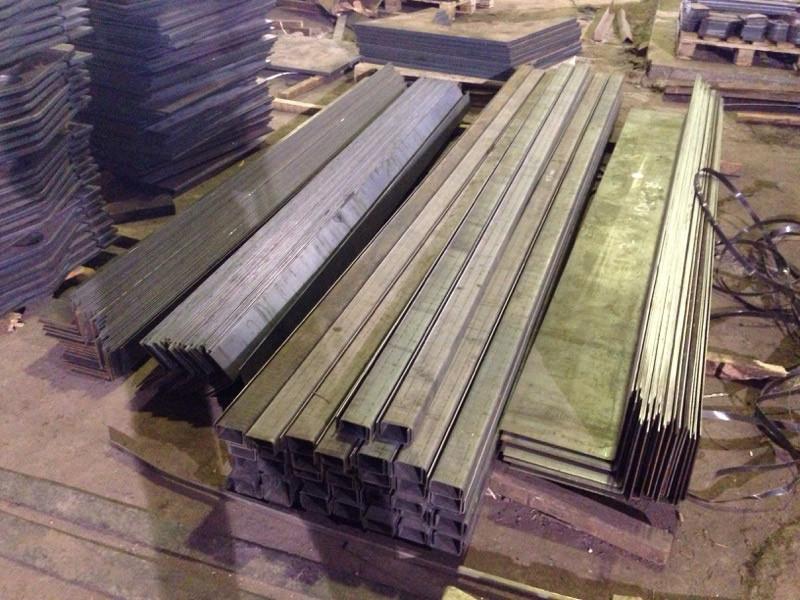 Швеллер гнутый 180х80х4 ст.3