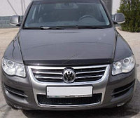 Мухобойка (дефлектор капота) на VolkswagenTouareg /Фольксваген Туарег 2003-2010