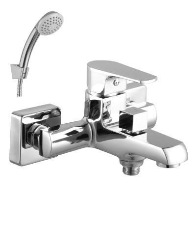 Смеситель для ванны с коротким изливом LeMark Серия plus FACTOR LM1612C