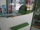 Кассовая витрина для аптек с хромированными  трубами, фото 5