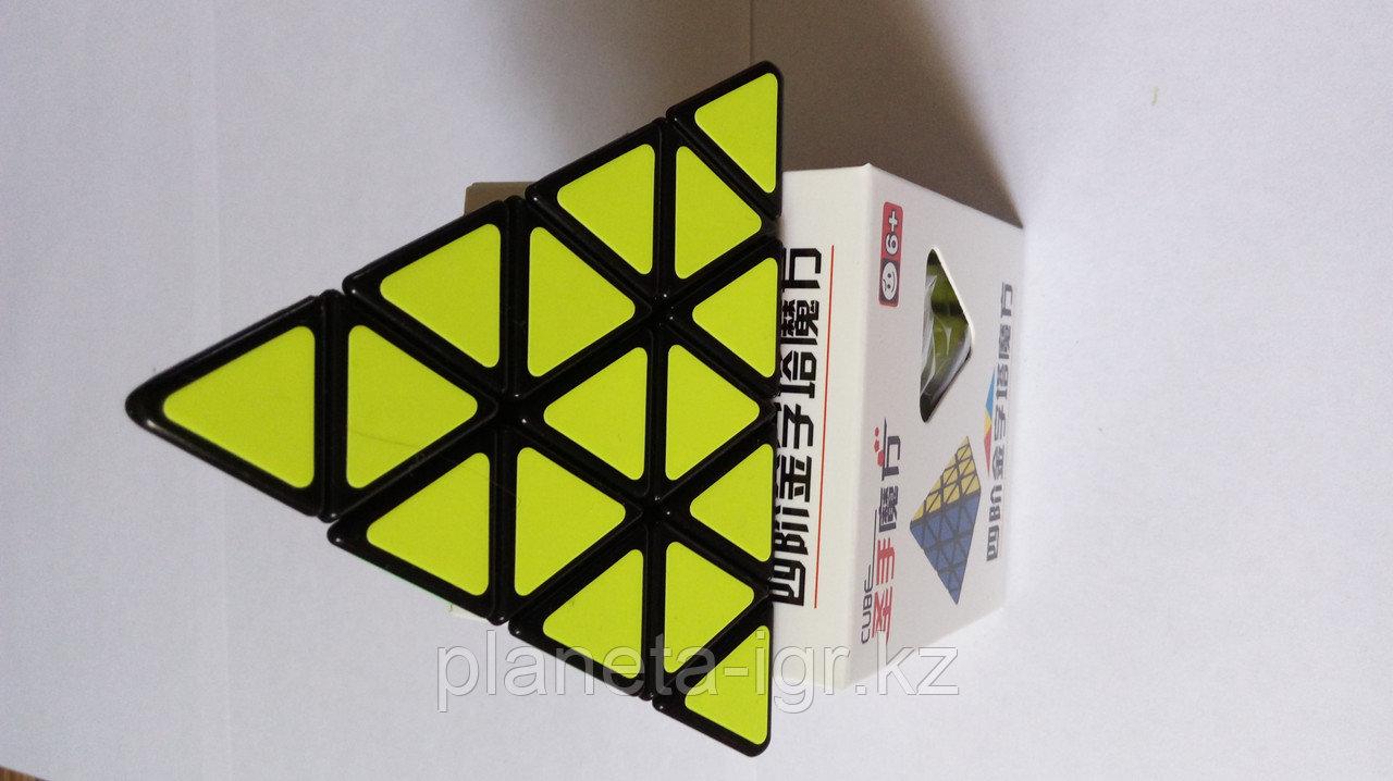 3D puzzle cube master pyraminx 4х4