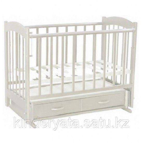 ВЕДРУС  Кроватка детская Кира 4 (ящик, маятник, накладка) белая/слон.кость