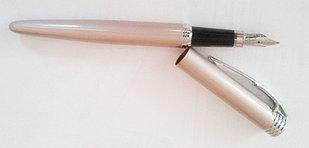Ручка металлическая, перьевая, бежевая