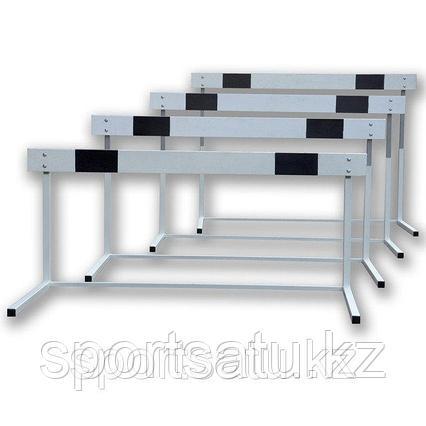Барьер легкоатлетический постоянной высоты (квадрат)