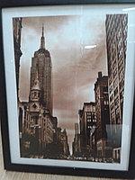 Рамка - постер настенная, в раме. Постер форма вертикальная. 44*35 см