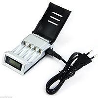 Зарядное устройство с индикатором на АА и ААА аккумуляторы