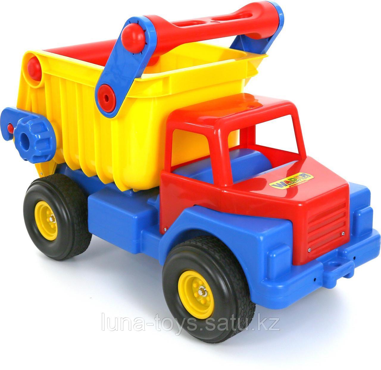 Автомобиль-самосвал №1 с резиновыми колесами