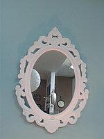 Зеркало настенное овальное.