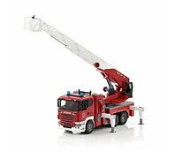 Пожарная машина BRUDER Пожарная машина Scania с выдвижной лестницей и помпой 03-590