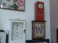Часы, ключницы
