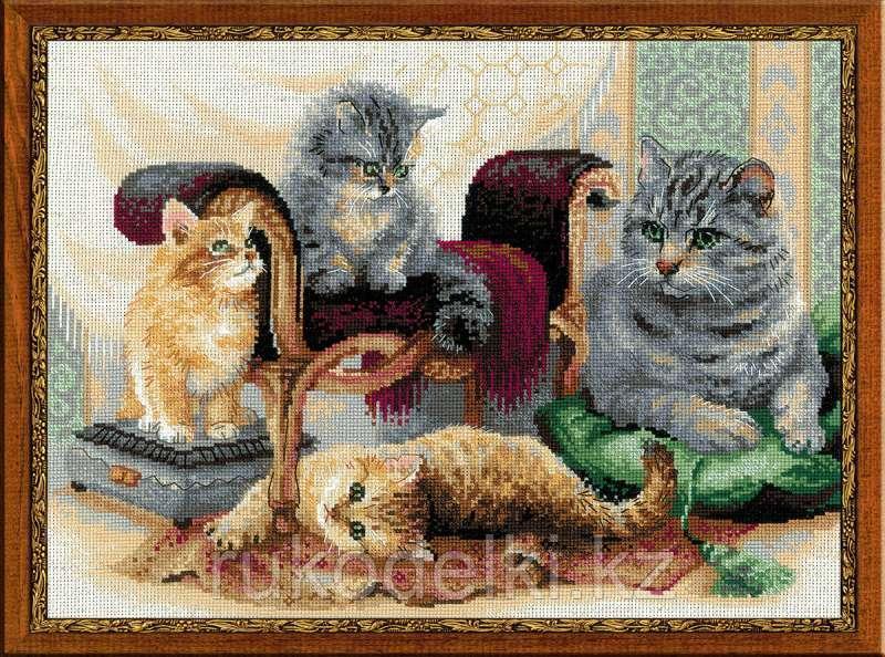 """Набор для вышивания крестом """"Кошачье семейство"""""""