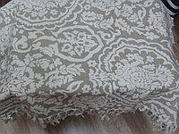 Скатерть с бахромой. 150*300 см. бежевая с белым рисунком